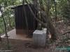 Toaleta na campingu w Parku Narodowym El Imposible; Salwador