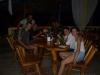 W barze z pracownikami uniwersytetu, na którym pracuje Jaime i Jacky; Honduras