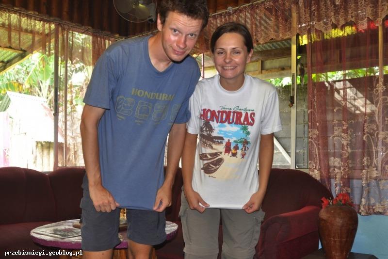 Nowe T-shirty w prezencie od Jacky i Jaimego; Honduras