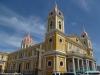 Katedra przy parku centralnym w Granadzie; Nikaragua