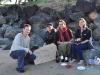 Urodziny Łukasza! :) - Łukasz, Chi, Elsa i Ewelina na plaży w Orewa; Nowa Zelandia